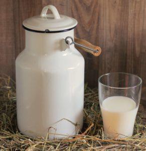 Latte di capra: proprietà e benefici